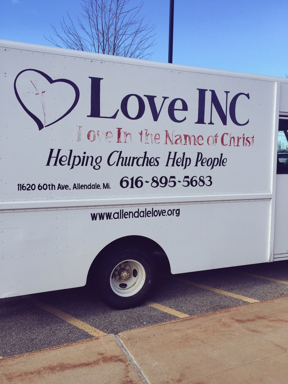 Elementary Students Fill Love INC Truck with Food